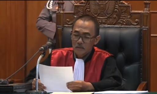 Ahmad Dhani Divonis Hukuman 1 Tahun Karena Ucapakan Kata Idiot