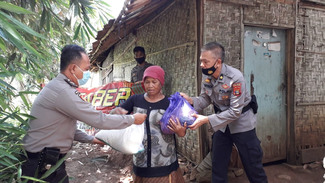 Kepedulian terhadap masyarakat di masa pandemi Covid-19, terus dilakukan jajaran Polres Lampung Selatan