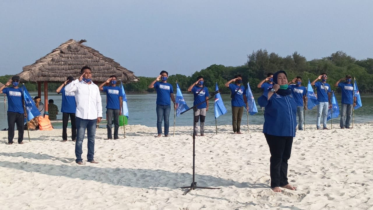 Jelang HUT ke-19, Partai Demokrat Kepulauan Seribu Tanam Mangrove