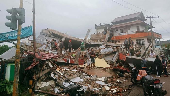 Ribuan Gardu Listrik di Sulbar Kembali Dinyalakan Usai Ditelan Gempa