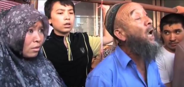 Cina Larang Muslim Berjenggot dan Berjilbab