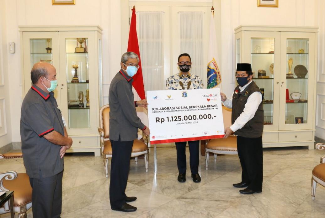 Karyawan Bank DKI Donasi Peduli Covid-19 Total Rp5 Miliar