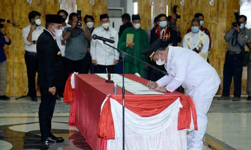 Lantik Delapan Kepala Daerah Hasil Pilkada Serentak, Gubernur Edy Rahmayadi Ingatkan Agar Menjauhi Tiga Hal