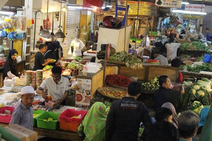 Wabah Covid, Anies : Pasar Paling Kompleks Pengendaliannya