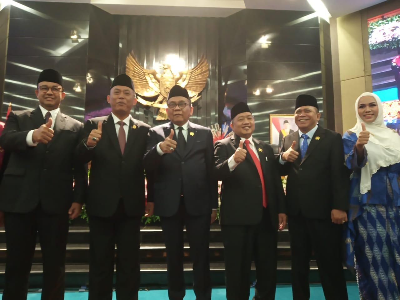 Jalani Sumpah Jabatan, 5 Pimpinan DPRD DKI Resmi Dilantik
