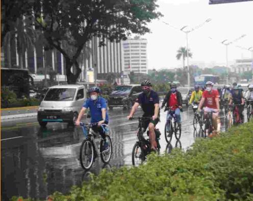 Depan Duta Besar Negara Nordik, Gubernur DKI Kenalkan Transportasi Ramah Lingkungan