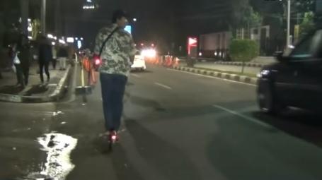 Pengemudi Camry Yang Tewaskan 2 Pengguna Skuter Listrik di Senayan, Akhirnya Ditahan Polisi
