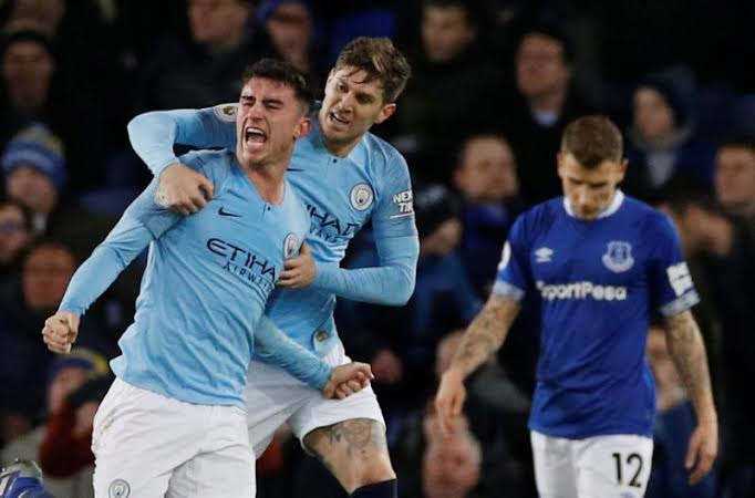 Bungkam Everton 2-0, ManCity Mengkudeta Liverpool