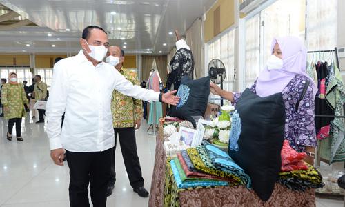 Tingkatkan Produkivitas Perajin, Gubernur Edy Rahmayadi Ingatkan Dekranasda Jalin Kemitraan di Daerah