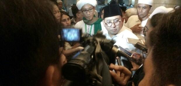 Fadli Zon Kritik Tindakan Jokowi Bagi-bagi Sepeda di Masa Kampanye