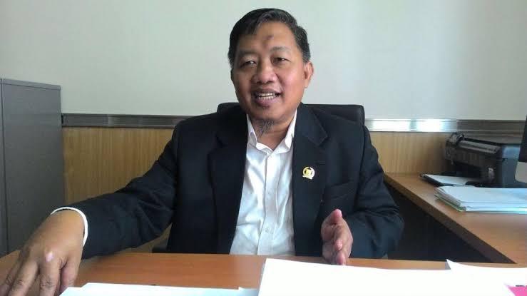 Kena Sanksi Dari BK, Anggota Fraksi PSI William Diminta Sadar Diri