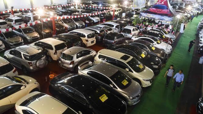 Aturan Baru OJK, DP Motor dan Mobil Diturunkan Jadi 0 Persen