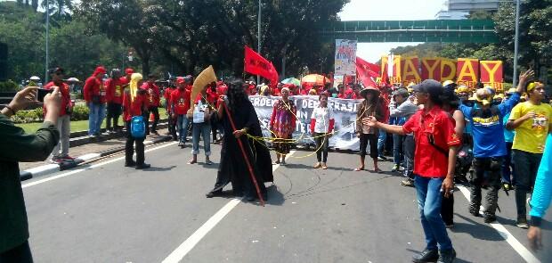 Istana Didatangi 150.000 Buruh, Jokowi Tak Nongol