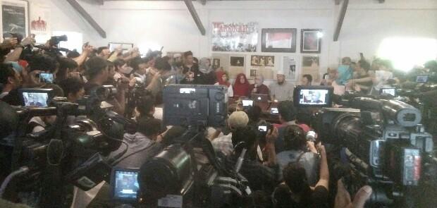 Minta Maaf Kepada Prabowo dan Amien Rais, Ratna Sarumpaet Akui Telah Ciptakan Hoaks