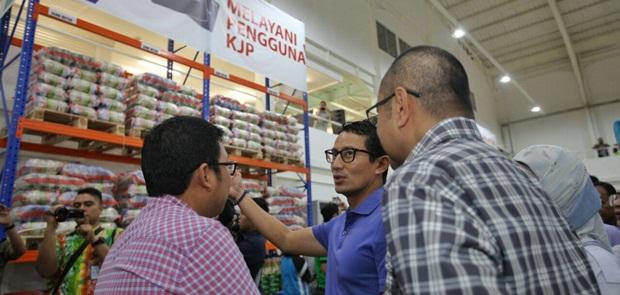 Pengkritik Program OK OCE Ikut Program Pasar Jaya